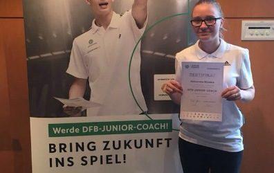 Aleksandra Mijnders schließt Ausbildung zum DFB JUNIOR COACH erfolgreich ab