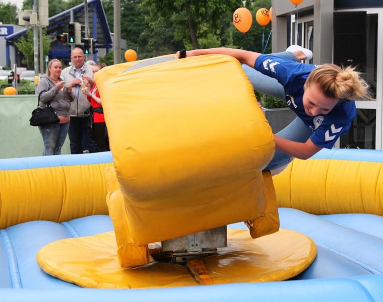 Handball Trikotpräsentation