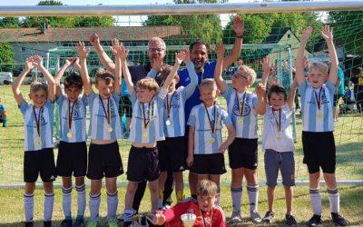 E4-Junioren gewinnen den Silbercup in Kamen