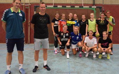 Bundesliga-Coach André Fuhr leitet Training der Handball-Damen