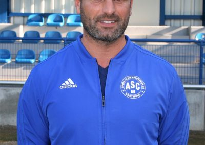 Trainer Adrian Alipour