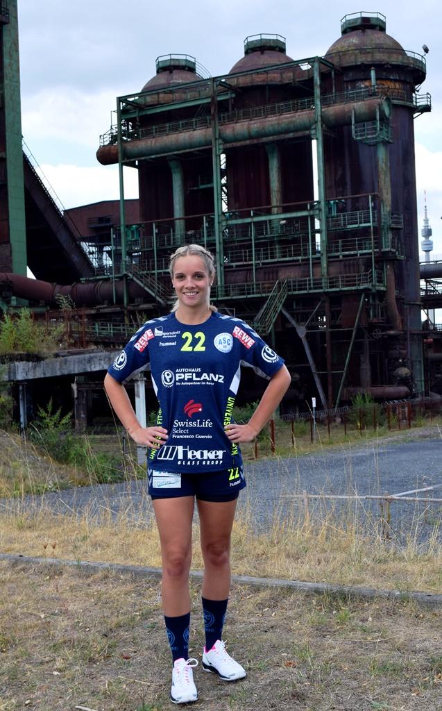 #22 Kristin Gesing - Rückraummitte