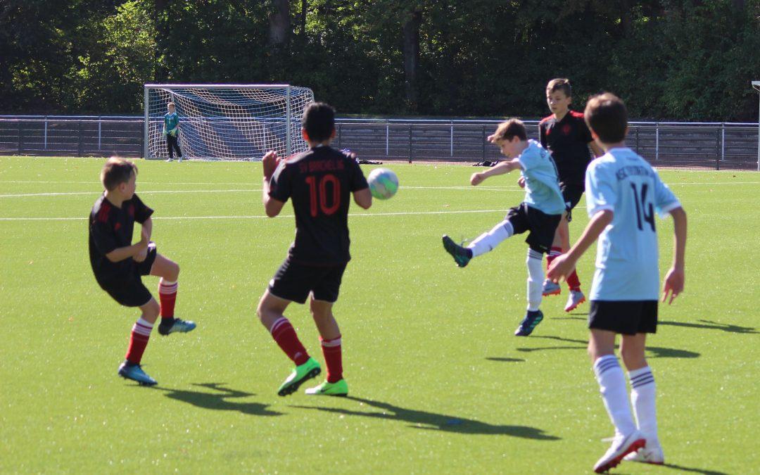 Sieg im Spitzenspiel – D3-Junioren bauen Tabellenführung aus.