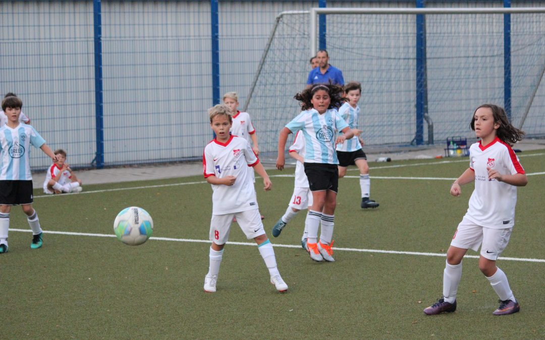 """Ausgleich in der letzten Minute – E1-Junioren liefern einen weiteren """"Fußballkrimi"""" ab !"""