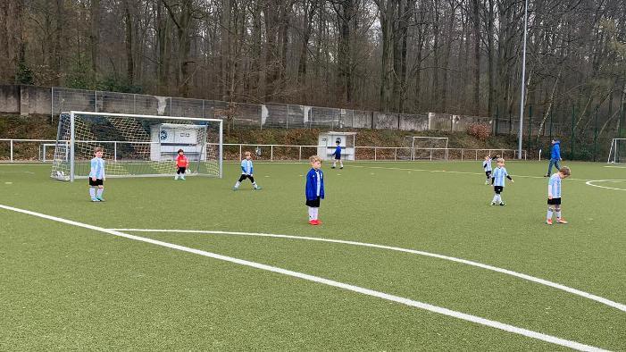 Minikicker 3 mit drittem Erfolg in Serie – 10-0 Heimsieg gegen den TuS Deusen