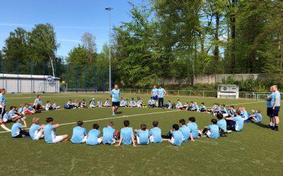 Geschafft und glücklich: 6. Euradent-Fußballcamp findet furioses Ende