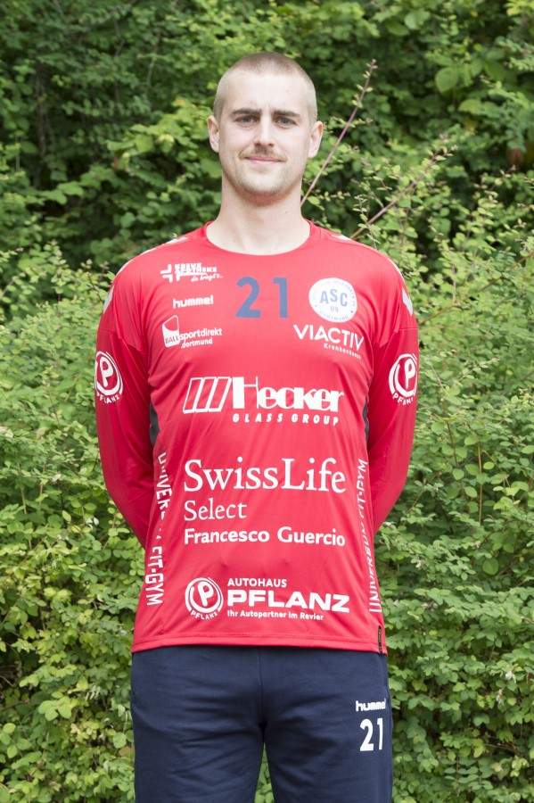 #21 Niels Thies