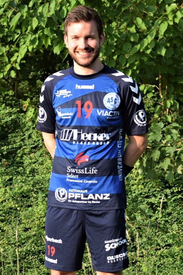 #19 Luca Breickmann
