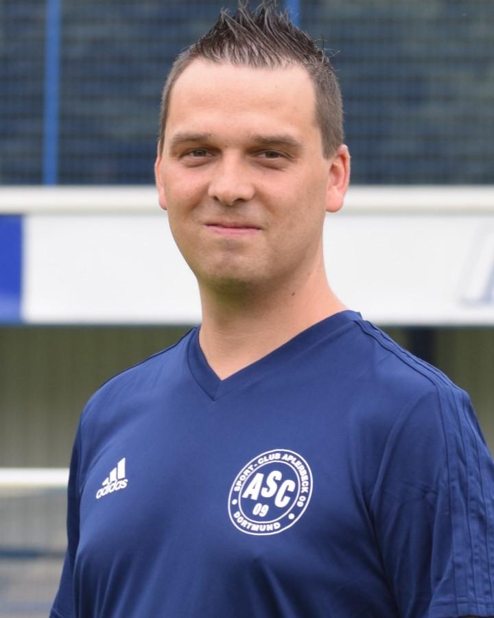 Betreuer Sascha Rymzek