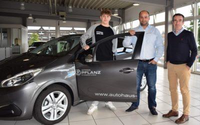Autohaus Pflanz macht den ASC 09-Handball-Bufdi mobil!