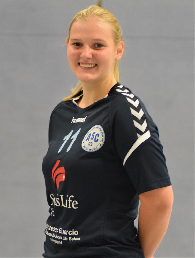 #11 Emma Kreinberg