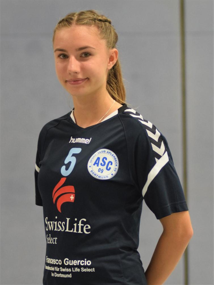 #5 Lena Gmyrek