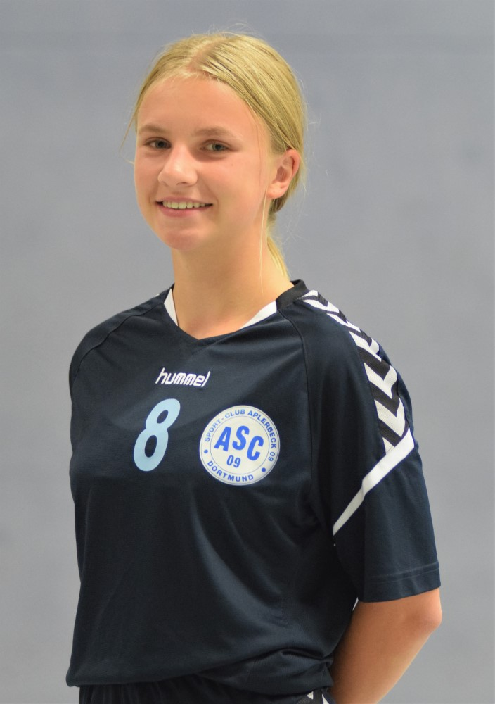 #8 Antonia