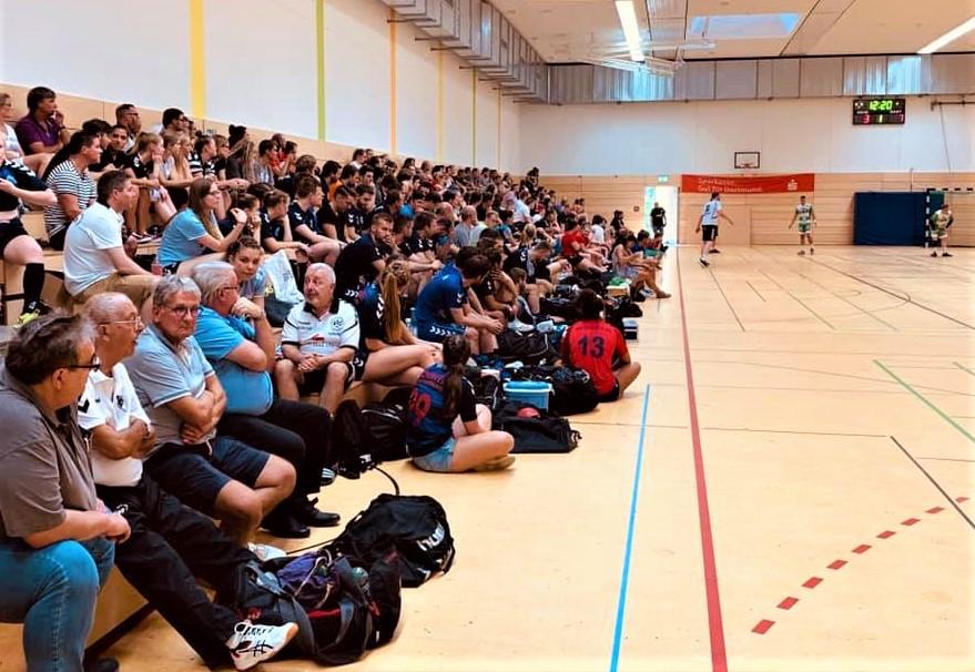 Volle Tribünen in der Sporthalle Hacheney. Die Zwischen- und Endrunde waren sehr gut besucht.