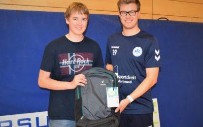 """Abschied vom Bufdi 2: Die Handball-Abteilung sagt """"Danke, Jonas!"""""""