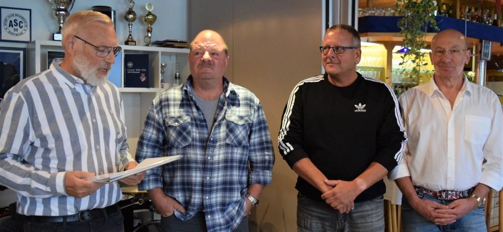 Für 25-jährige Mitgliedschaft geehrt wurden Thomas Ahrens, Reinhard Walter und Uwe Lange (v.r.).