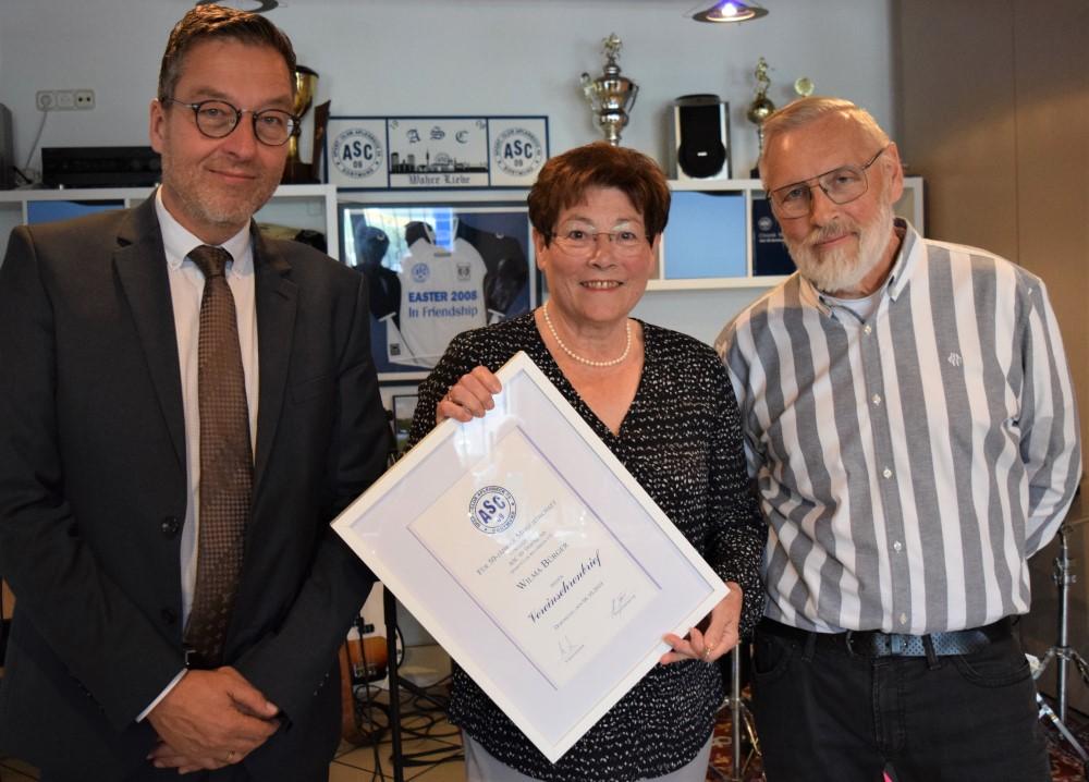 Wilma Bürger - seit 50 Jahren Mitglied!
