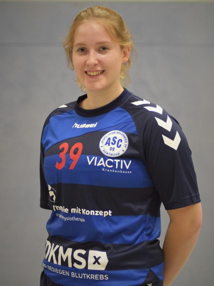Zoe Möller