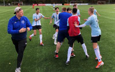 Riesenjubel in Barop – B2-Junioren drehen Spiel und setzen sich oben fest.