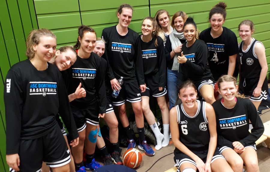 Damen 1 Basketball