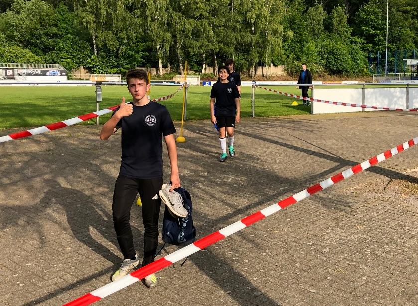 Angelaufen !!! – Mit Disziplin einen Schritt zurück im sportlichen Alltag !